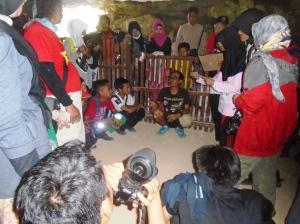 Suasana Kelas Di Leang Sakapao. (foto: @enal_18)
